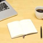 Macとノートとコーヒー