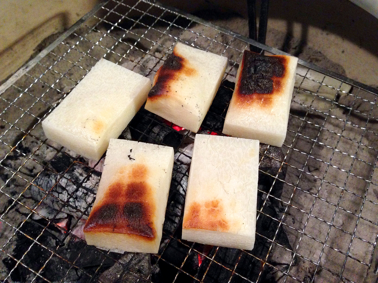 炭火焼の餅