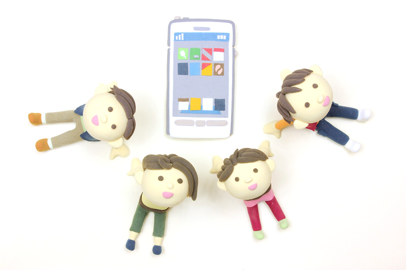 iPhoneと人形