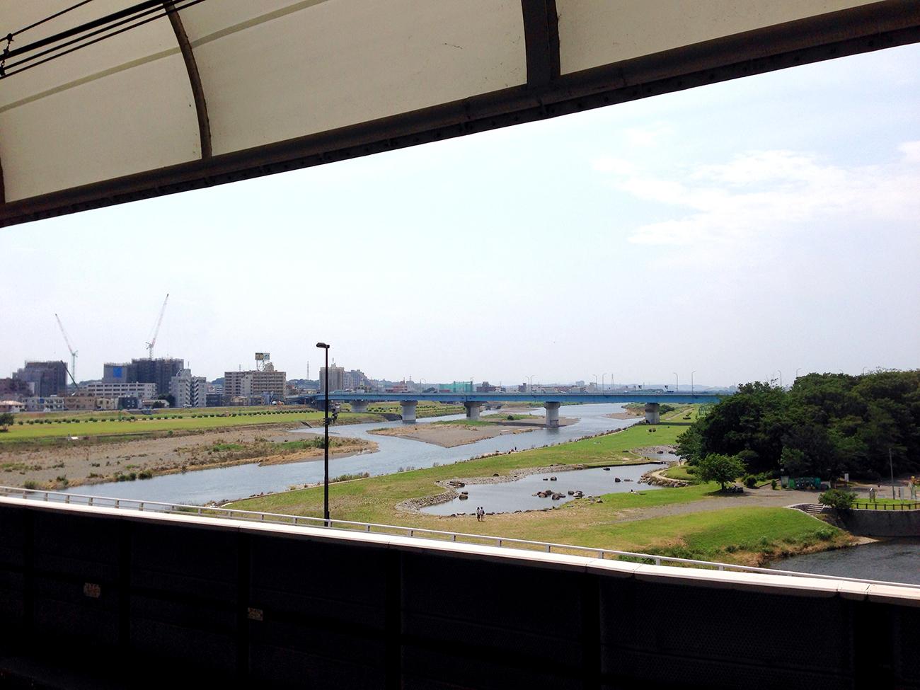 二子玉川駅から見た多摩川