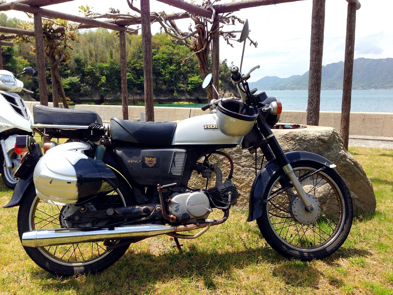 しまなみ街道ツーリングで乗せてもらった年代物のバイク